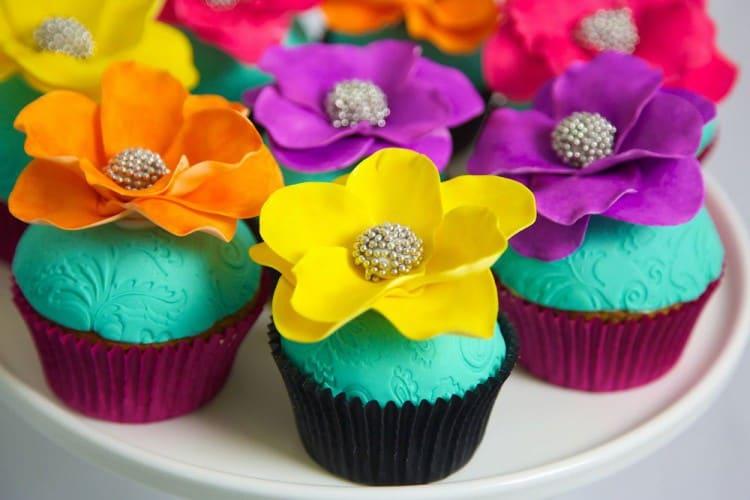 flower cupcakes Dubai