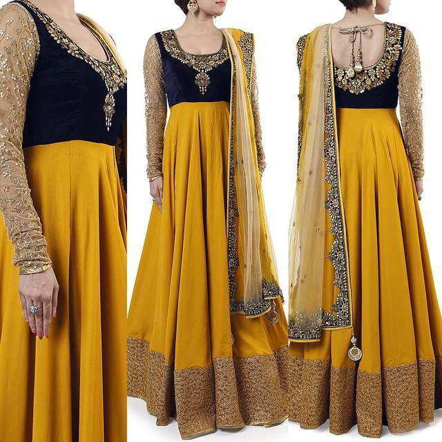 Go with the fusion of deep back anarkali