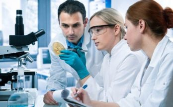 What you can do with a career in Medical Lab Technology