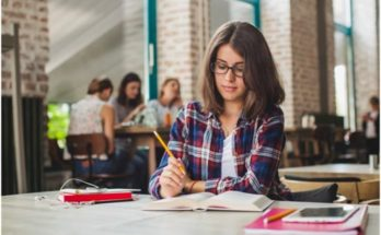 Best Tips for Students to Survive College