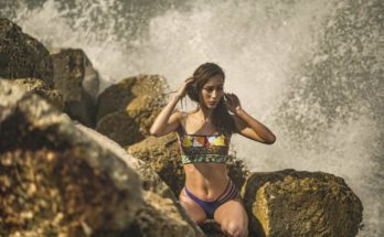 Swimwear Ideas to Flaunt Your Curves at the Beach