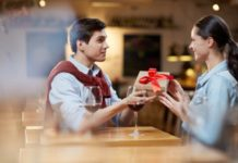 Romantic Gift Ideas for your Girlfriend
