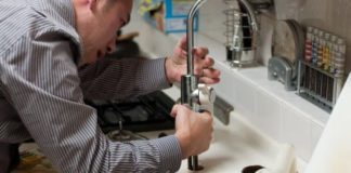 things to know about plumbers