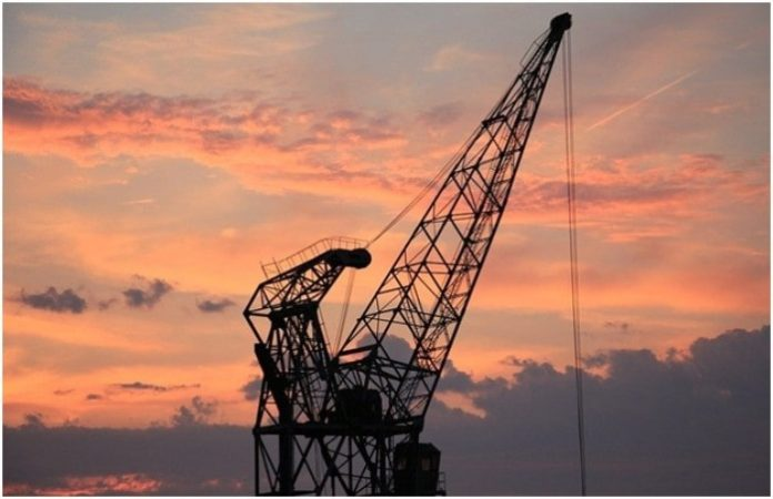 How to Manage a Crane Accident