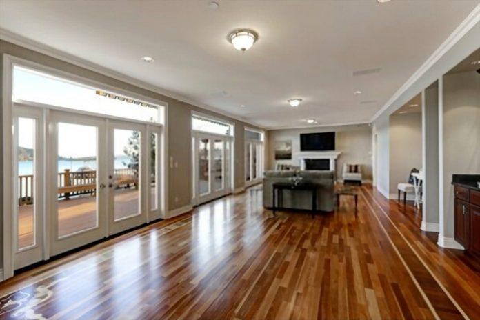 Pairing Decor with Hardwood Floors