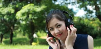 Tips to Care for Your Headphones Earbuds