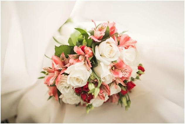 Rose and Alstroemeria Bouquet