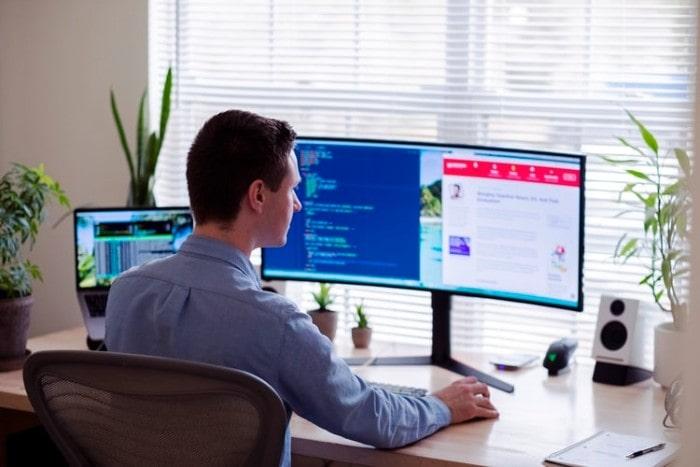 8 Benefits of Desktop Over Web-Based Applications